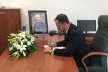Kryetari Nika shpreh ngushëllimet pranë Ambasadës së Kosovës