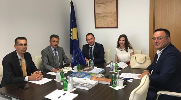Kryetari Nika zhvilloi takim pune me Ambasadorin e Republikës së Kosovës